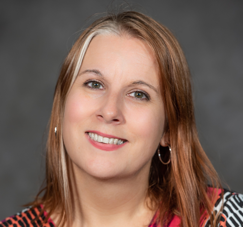 Headshot of Angela Henderson